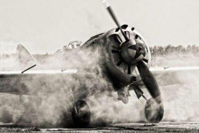 Soviet Polikarpov I-16, sometime in 1941.