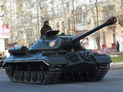 A very old IS-3M heavy tank from World War Two celebrates in a military parade in Moscow in 2016.