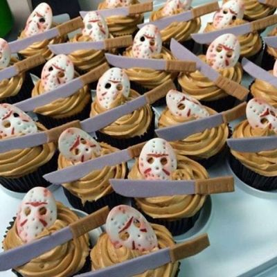 In honor of Friday the 13th, here are some Jason Voorhees cupcakes!