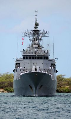 A frigate from New Zealand, the HMNZS Te Mana.