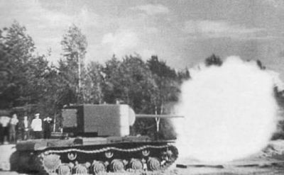 A KV-2 with the ZiS-6 gun during firing tests. The 152mm is the way to go bro...