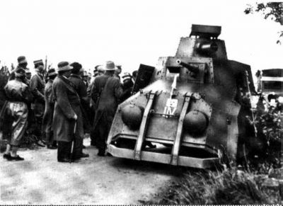 This ugly thing is the Pansarbil fm/29, built by Landsverk in Sweden as a prototype for what armored cars could be. It was very complicated, and as ineffective as it was ugly- thankfully the lessons learned produced somewhat more capable vehicles both for the Swedish crown and for the export market they sought to tap into later. They only built one, and it lives at the Swedish Military musuem in Arsenalen.