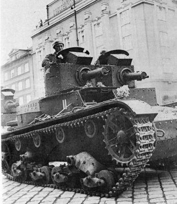 A 7TP with dual turrets sporting .303 machine guns from the Polish army, sometime shortly before 1939.