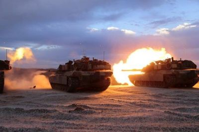 Abrams tanks doing their thing in 2006.