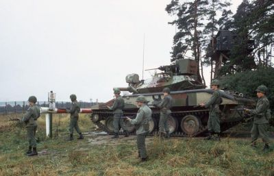 An American M551 Sheridan trains with West German soldiers in 1979.