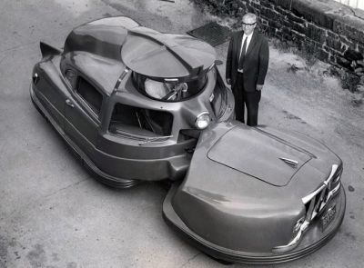 The 1958 Sir Vival Concept Car and it's inventor, Walter C Jerome. The goal was to build the world's safest and most survivable car- though for obvious reasons it never entered production. It is a fantastic looking machine all the same- not too many cars have a turret!