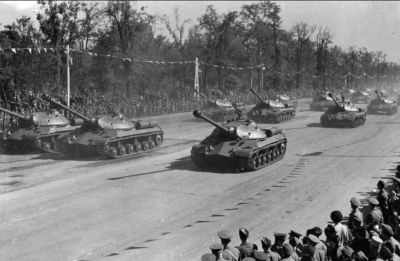 IS-3 tanks on parade!